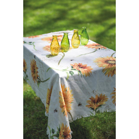 Sunflowers & Bumble Bees Throw