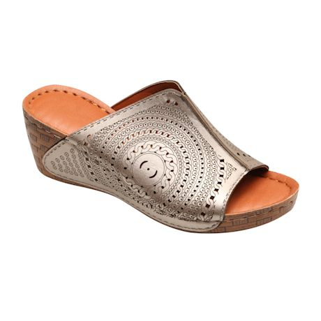 Avanti™ Summer Days Set-In Sandal